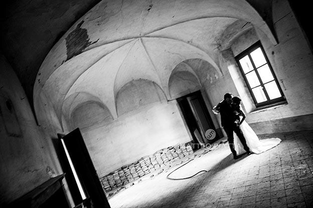 MATRIMONIO ALBERTO E TECLA NELLA FOTO POSATI BIANCO E NERO CERIMONIE MONTICELLI BRUSATI 12/09/2014 FOTO MATTEO BIATTA