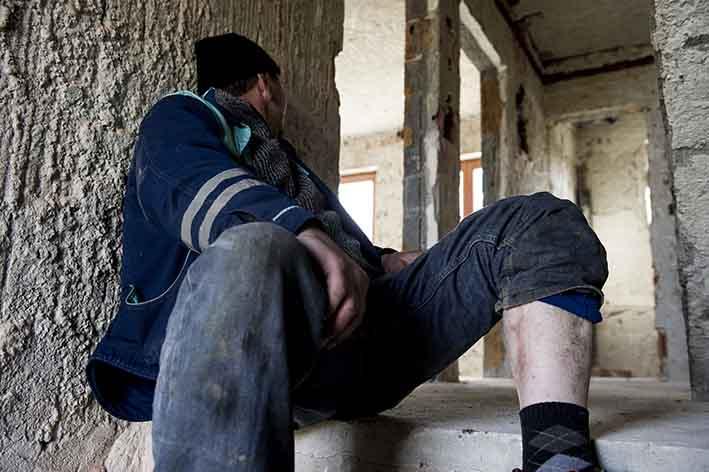 Sejad ex miliare mostra una ferita di guerra Sejad former soldiershows a war wound